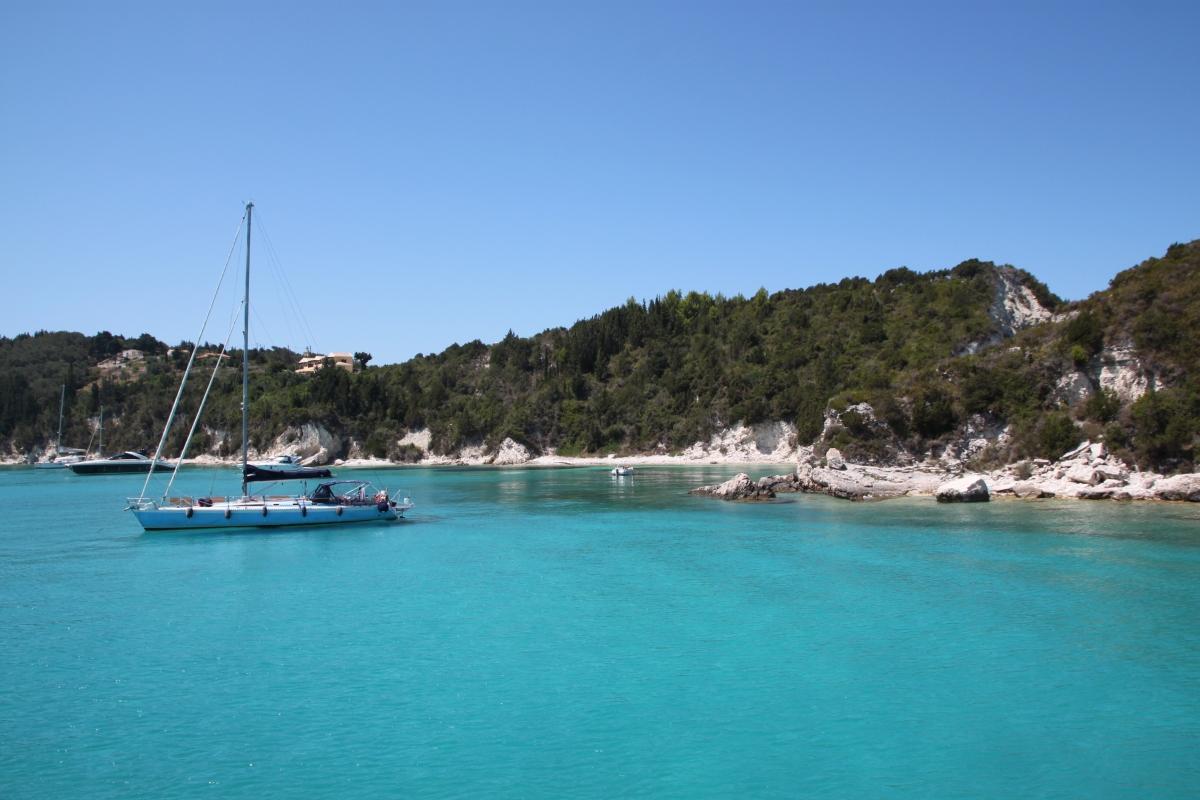 Lykken er en seilbåt i Hellas
